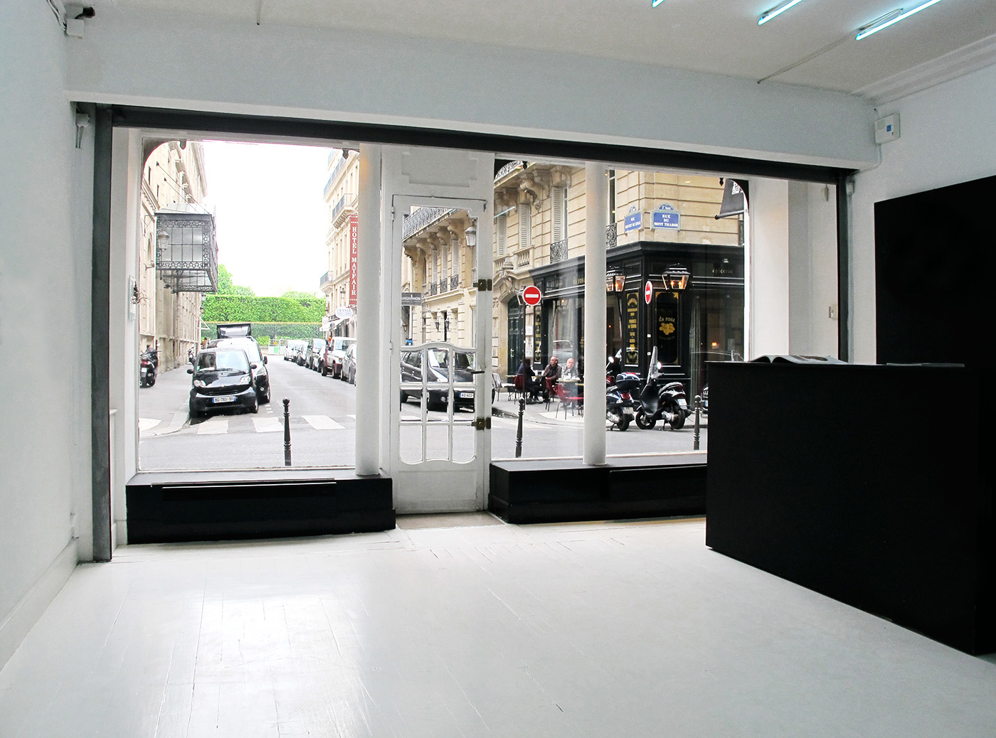 Galerie d'Art / Art Gallery  Paris. Rénovation / Art direction.